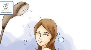 دوش آب سرد بگیرید (۳ تا ۵ دقیقه)