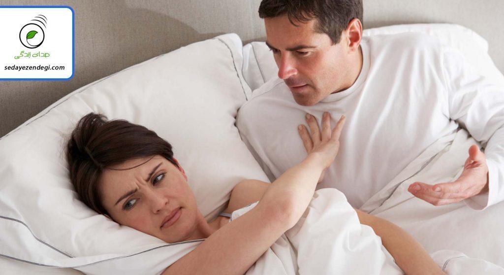 عللی که منجر به نزدیکی دردناک از نوع اولیه میشوند شامل: